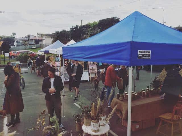 The Sunday market is on!